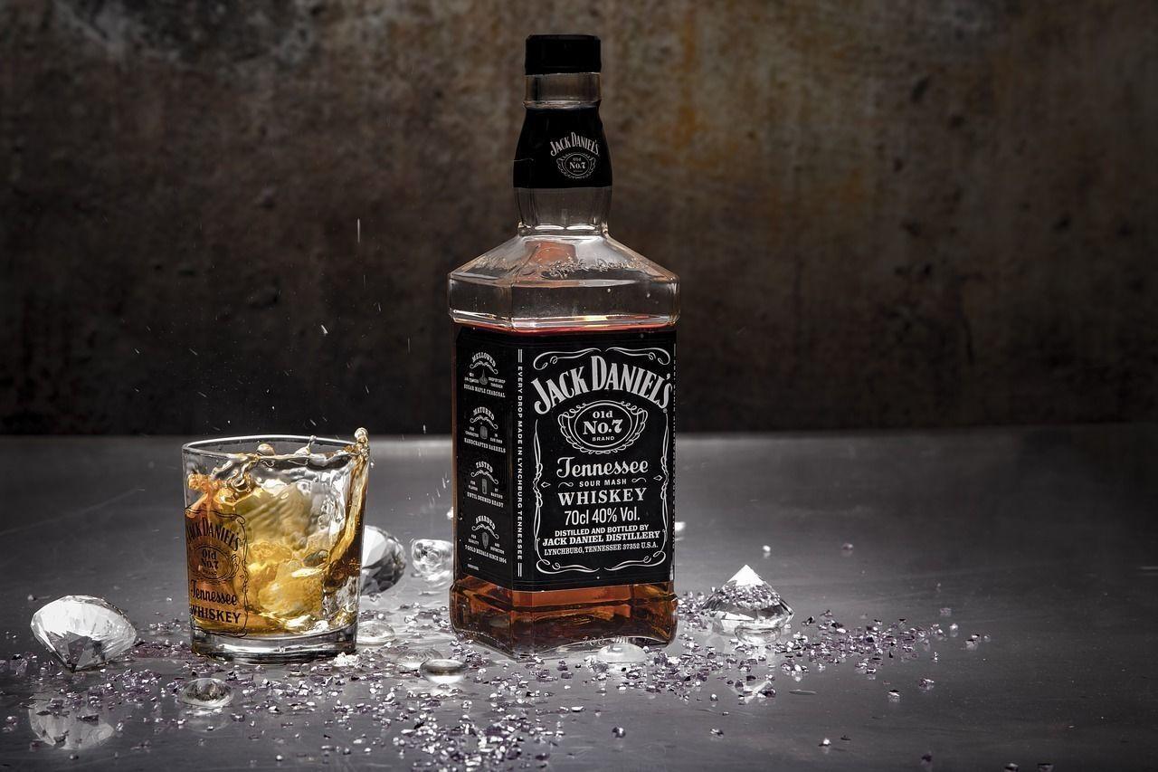 Купить виски Jack Daniels из США — цены на американский виски Джек Дэниэлс в магазинах WineStyle